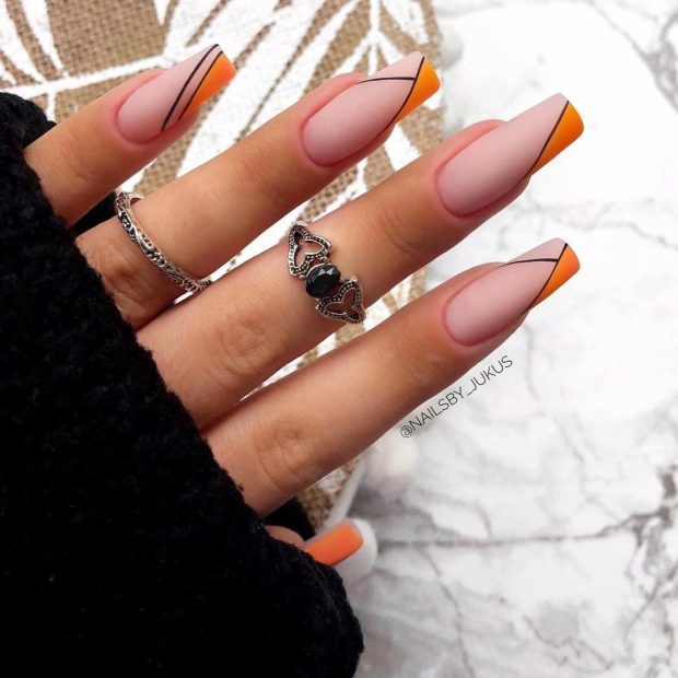 GEO PRINT ORANGE summer nail designs for 2021
