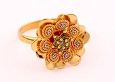 gold-women-ring-3