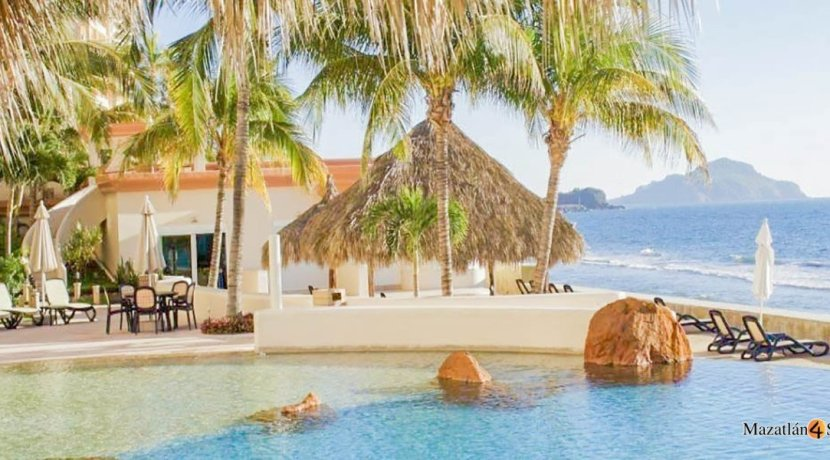 Mazatlan-3 bedrooms in Paraiso I Condo-For Sale-4
