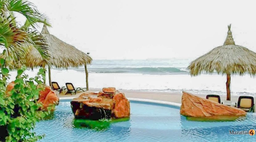Mazatlan-3 bedrooms in Paraiso I Condo-For Sale-3