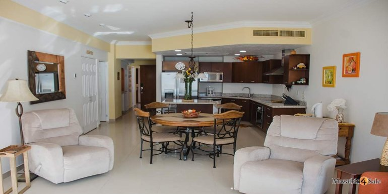 Mazatlan-2 bedrooms in Paraiso-I-Condo-For-Sale-30