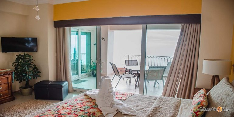 Mazatlan-Paraiso-I-Condo-For-Sale-4