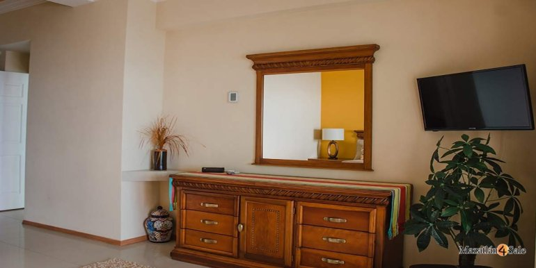 Mazatlan-Paraiso-I-Condo-For-Sale-6