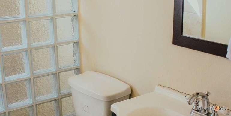 Mazatlan 3 bedrooms in Golden Zone Home For Sale (21)