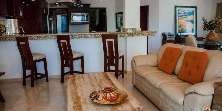 Mazatlan  2 bedrooms in Beachfront Home For Sale (18)