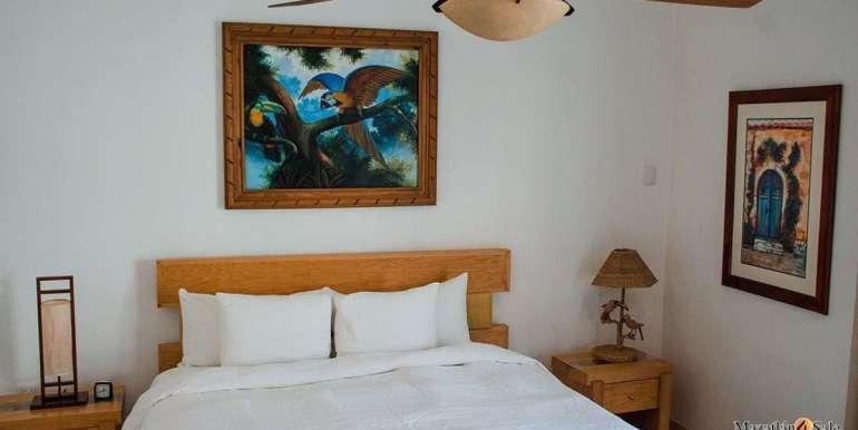 Mazatlan  2 bedrooms in Beachfront Home For Sale (45)