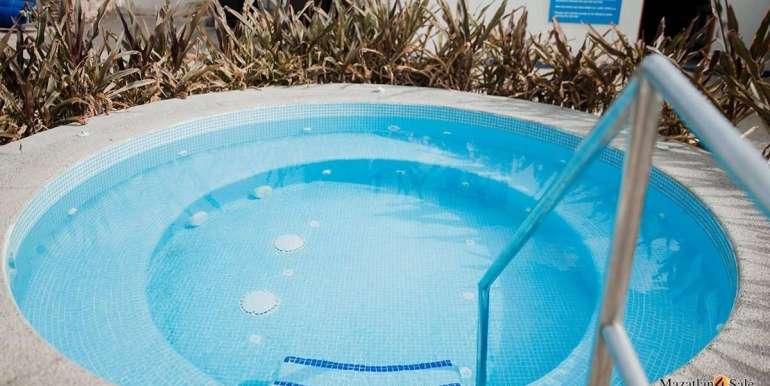 Mazatlan 1 bedroom in La Marina Tenis and Yacht Club Condo For Sale 11