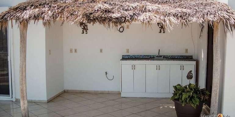 Mazatlan 4 bedrooms in Oceanfront Home For Sale (25)