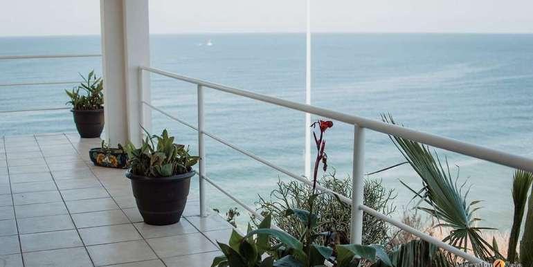 Mazatlan 4 bedrooms in Oceanfront Home For Sale (35)