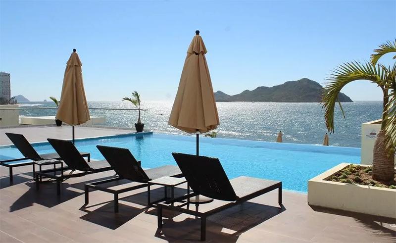 TheLocal hotel Mazatlán todo incluido