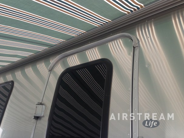 Airstream new Zip-Dee awning-2