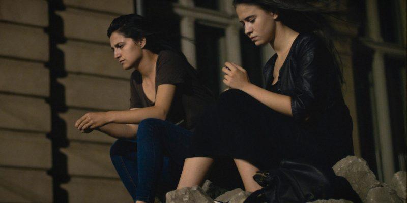 Women do cry MK2 FILMS