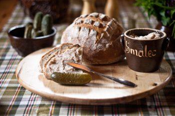 Chleb ze smalcem - Mazurkowa Chata