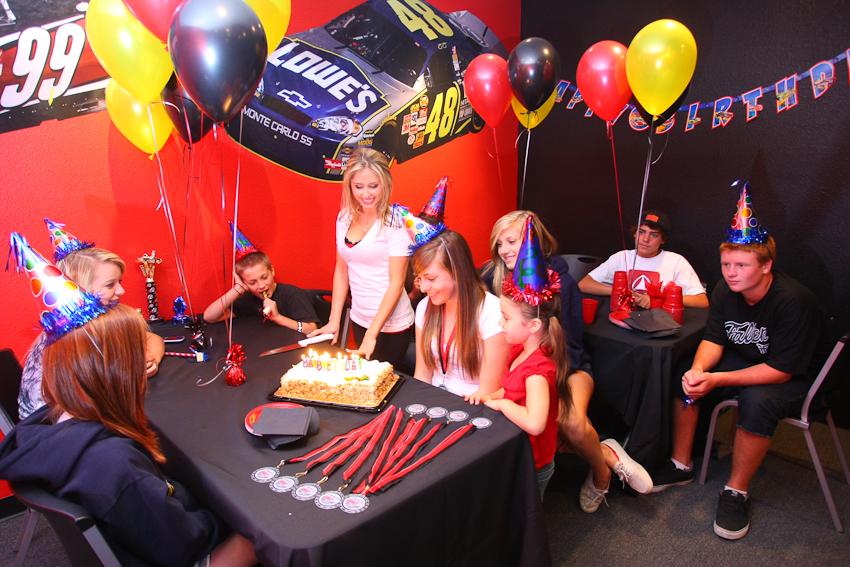 Kids Birthday Parties Go Kart Racing Mb2 Racing Go Kart Tracks