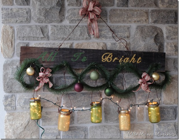 Barnboard and Painted Mason Jar Christmas Decor