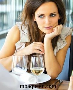 Женское обольщение: как знакомиться с мужчинами