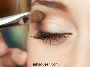 Как правильно наносить дневной макияж - рекомендации опытного визажиста