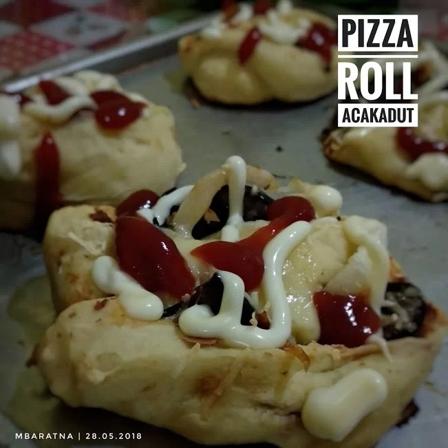 Menu Buka Puasa Dengan Kebab dan Pizza Roll