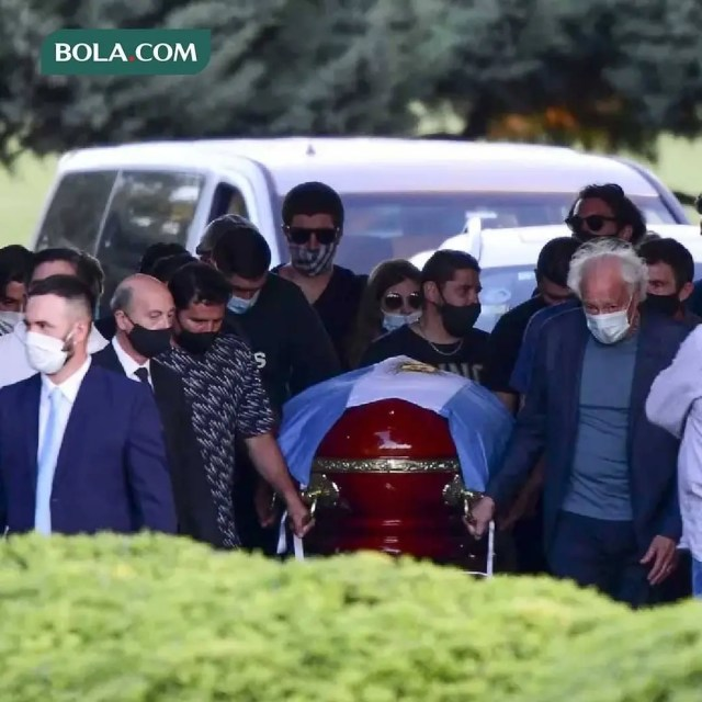 Maradona coffin and Hearse