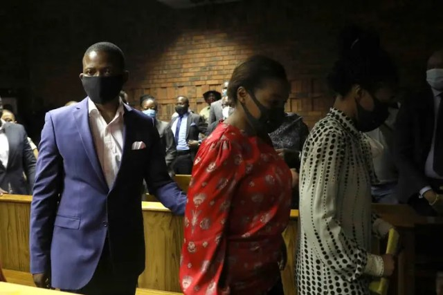 Prophet-Bushiri-and-wife-with-police