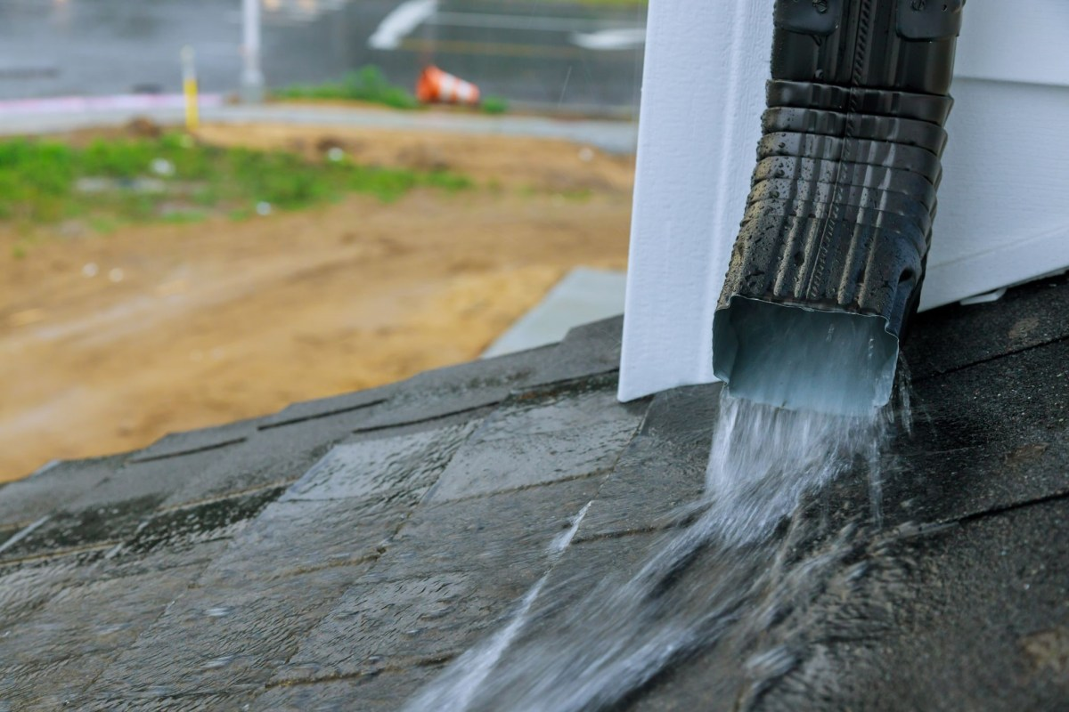 What To Do If Your Roof is Leaking - JK Roofing