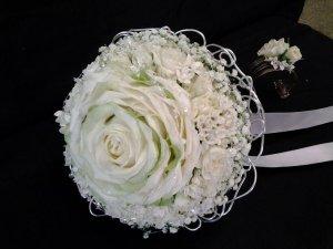 MB Eventi in fiore a Roma è il regno dei fiori e delle piante - Bouquet da Sposa 820