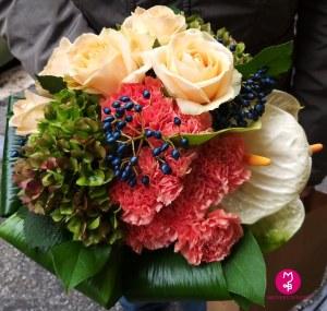 MB Eventi in fiore a Roma - Bouquet Mazzo di fiori 17