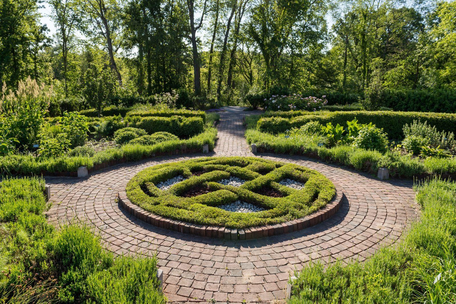 Herb Knot Garden Weddings Matthaei Botanical Gardens