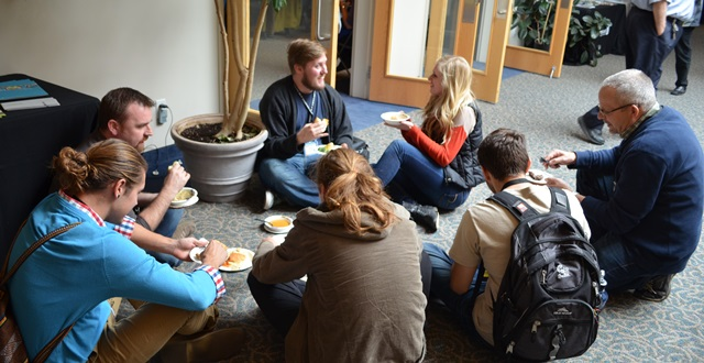 studyconference2013.LP-floor-eating