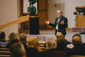 Winkler MB pastor Phillip Vallelley
