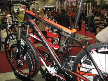 For_Bikes_Praha_2011_09