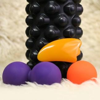 foam foller paketti musta bumpy, jossa on kovat pyöreät nystyrät on sama rulla kuin bubble roller