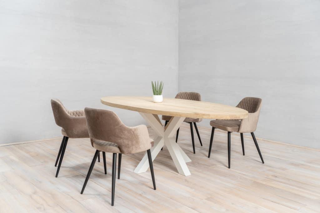 Stół kuchenny z drewna DIY