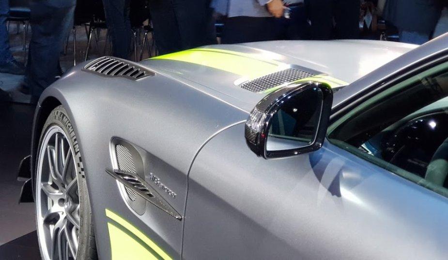 Mercedes-Benz AMG GT R Pro Fender