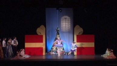 第一幕「クリスマスイブの夜」より「人形コロンビーヌ」