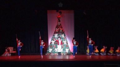第一幕「クリスマスイブの夜」より発砲音~バトル」