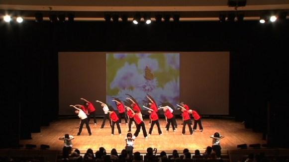 第3部「Hope / カンパニュラ~風のガーデン~・ーいきいき体操ー」振付:Miku