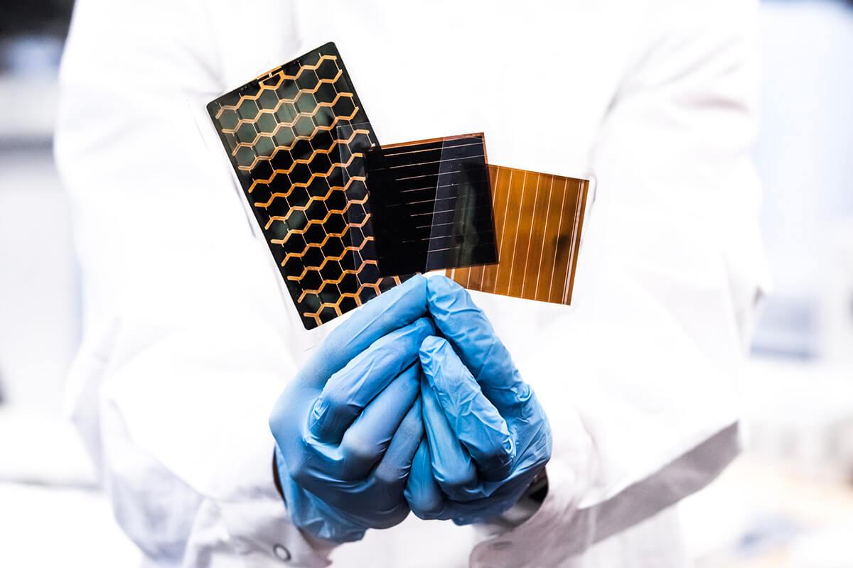 Saule Technologies Dünyanın İlk Perovskit Panel Fabrikasını Polonya'da Açtı