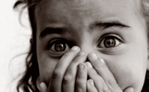 Scared girl - what do you feel? Empathy is good fundraising