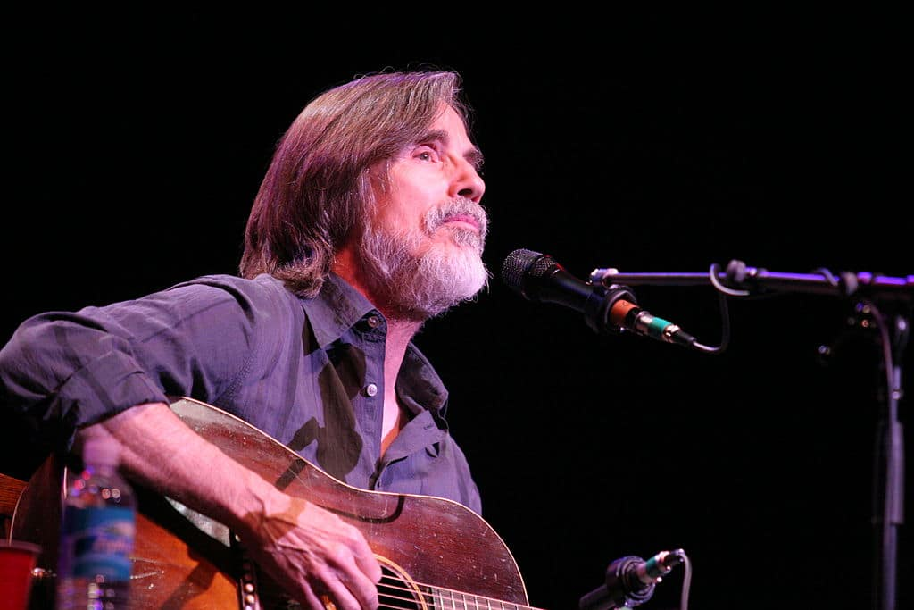 By Craig ONeal (Jackson Browne) [CC BY-SA 2.0 (http://creativecommons.org/licenses/by-sa/2.0)], via Wikimedia Commons
