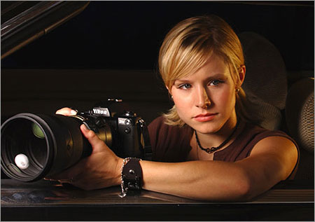 "Kristen Bell may revive ""Veronica Mars"" in a movie by creator Rob Thomas."