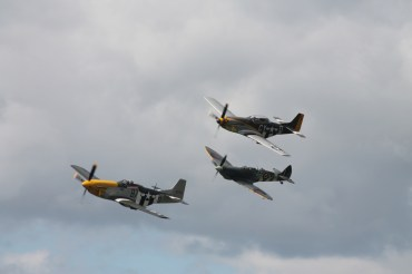 "Supermarine Spitfire Mk. IXT & North American P-51D Mustangs ""Ferocious Frankie"" & ""Miss Velma"""