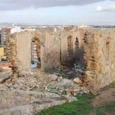 MC fuerza al Ayuntamiento a limpiar el Castillo de los Moros