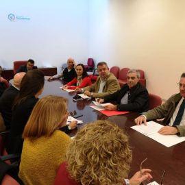 Castejón intenta 'convencer' a los empleados municipales para que avalen su desprecio a los procedimientos