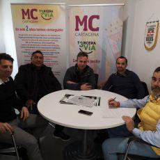 MC reclamará la implicación de todas las administraciones para evitar la competencia desleal entre las peluquerías del municipio