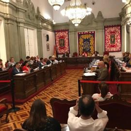PSOE y Ciudadanos impiden declarar a López Miras persona 'non grata' por negar la atención ininterrumpida en la Unidad de Hemodinámica del Santa Lucía