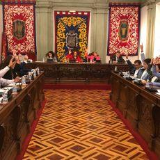 """Cartagena vive """"un día histórico y aberrante"""" con su primera alcaldesa tránsfuga"""