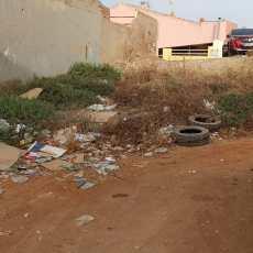 El Gobierno convierte a Los Dolores en un barrio sucio, incómodo e inseguro