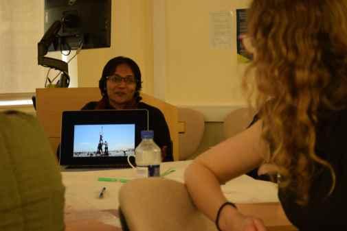 Fathima Nizaruddin facilitating a world cafe discussion on anti-nuclear protests in south India