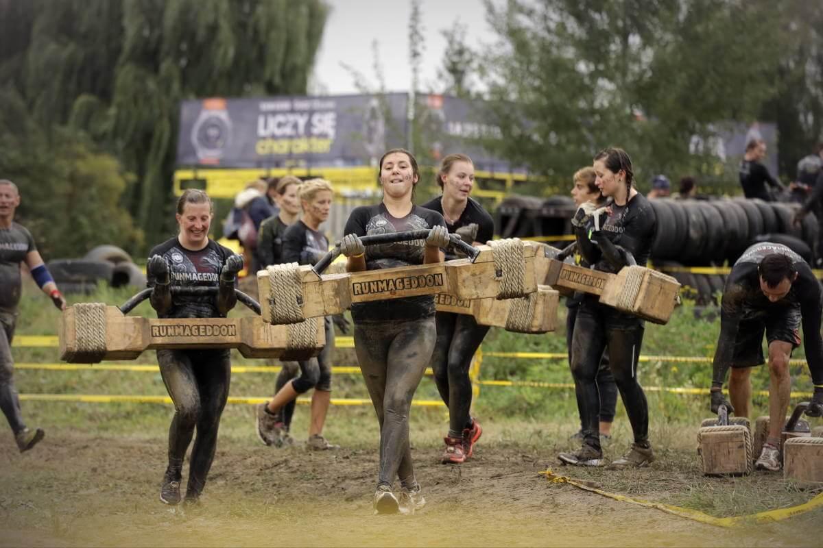 Biegi z przeszkodami Runmageddon